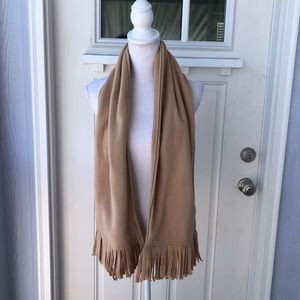 5/$25 🤩Thick Tan Scarf w Fringed Ends